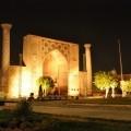 In Samarkand noaptea ne ascunde povestile despre vechea cetate.